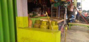 Gas elpiji yang dijual di Toko kelontong Tangerang Selatan
